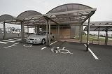 駐車場(屋根付き)